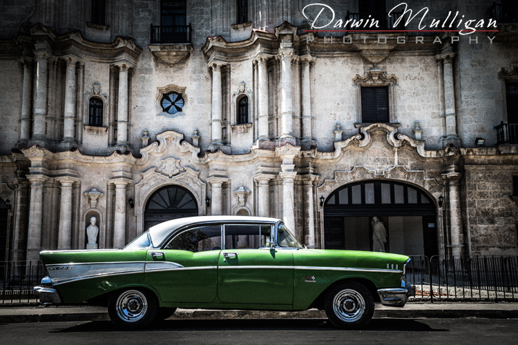 1957-Chevy-Bel-Air-Old-Town-Havana-Cuba-with-old-buildings