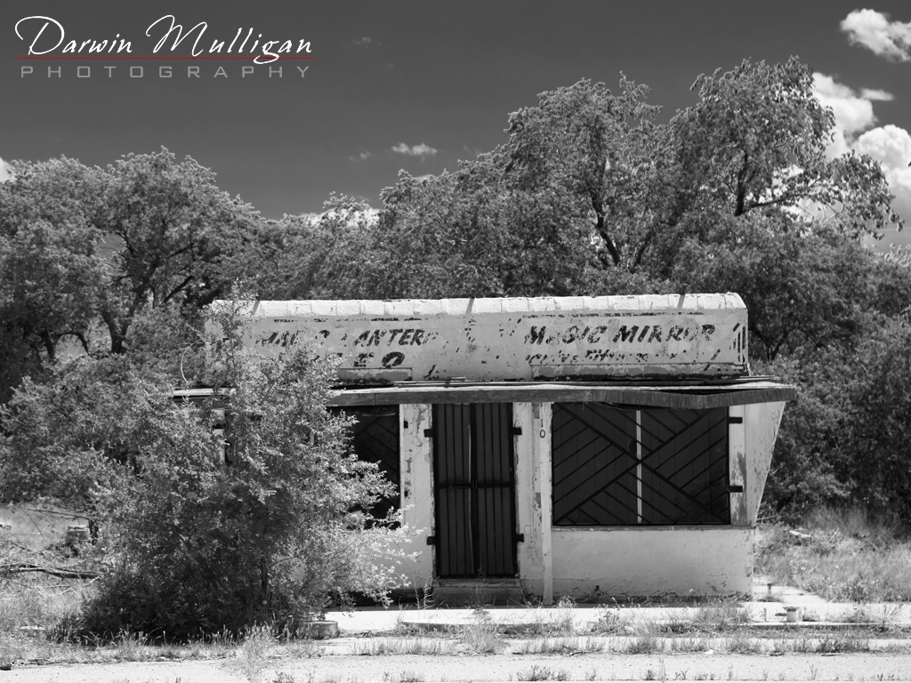 Abandoned-building-on-Route-66-Tucumcari-New-Mexico