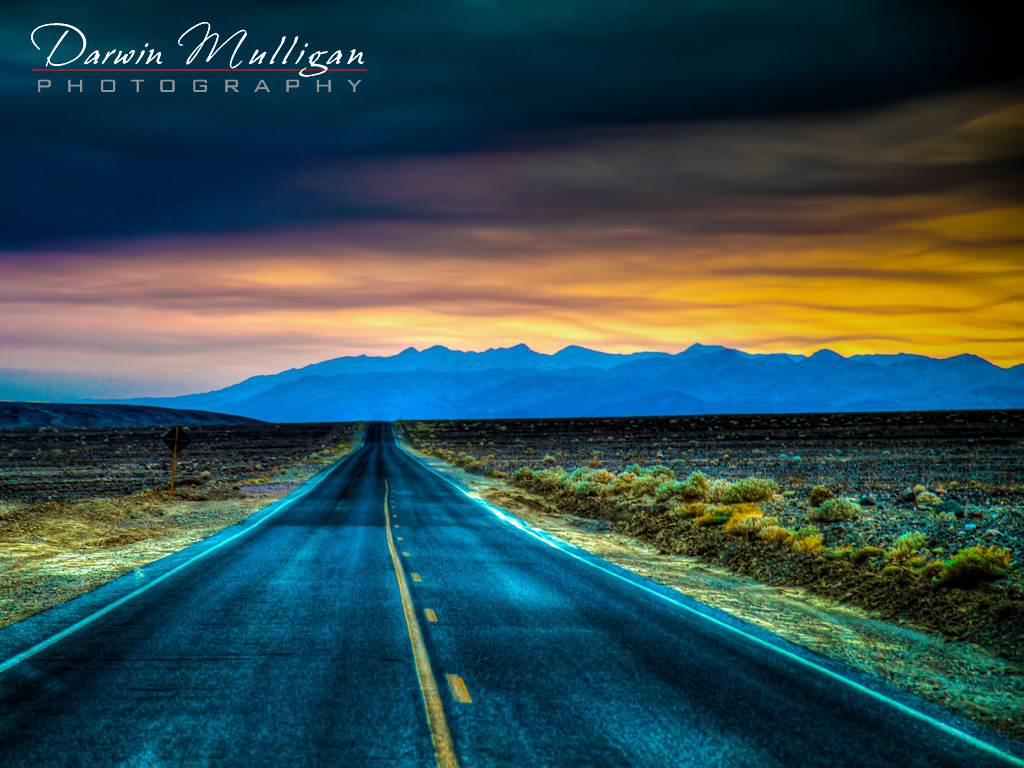 Death-Valley-National-Park-California-Highway-at-Sunrise