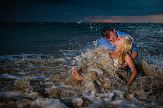Edmonton destination wedding photographer, Dominican Republic, Trash the Dress, Sunrise, Ocean