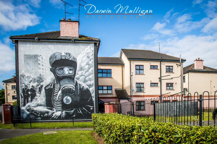 Ireland-Free-Derry-painting-on-building