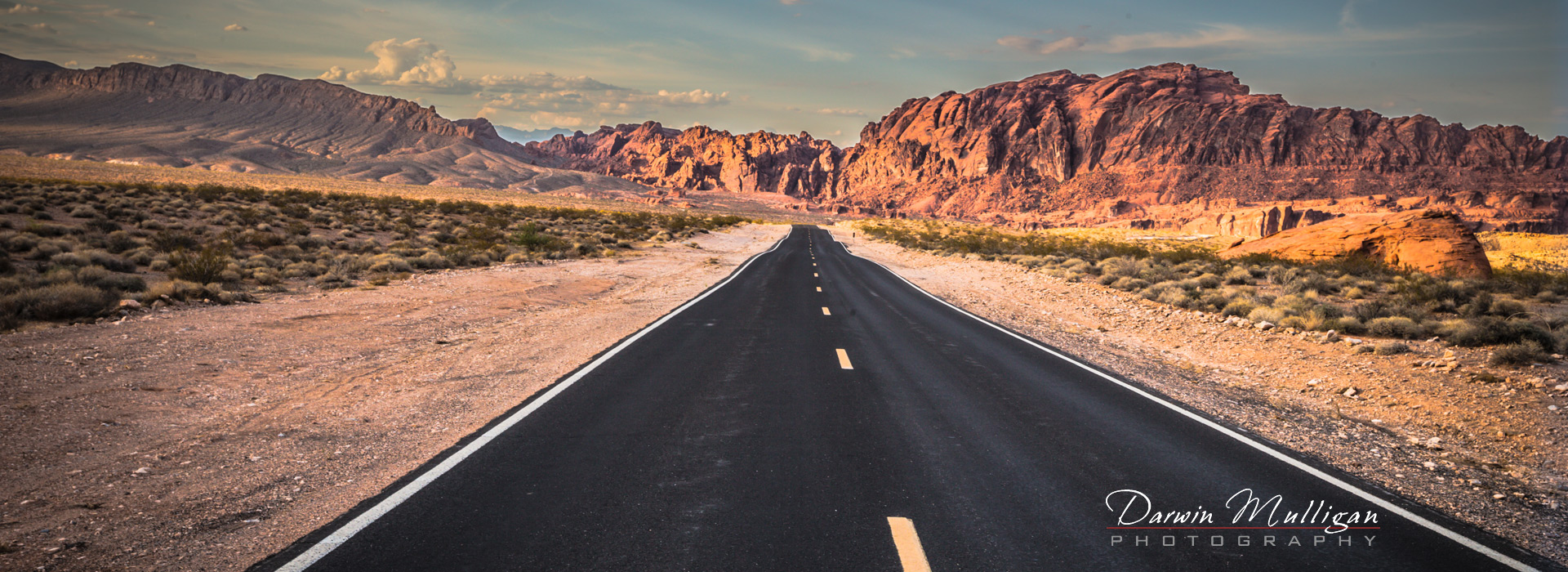 Panorama-Highway-at-Valley-of-Fire-State-Park-Nevada