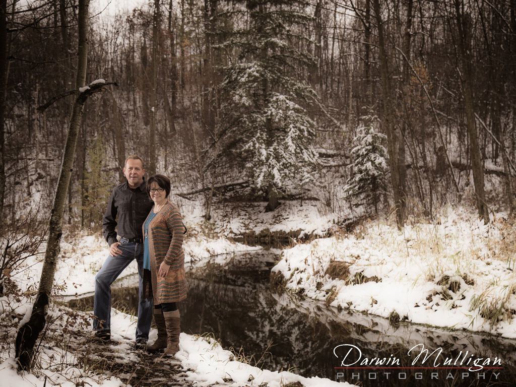 Edmonton couples photography session in Ravine area