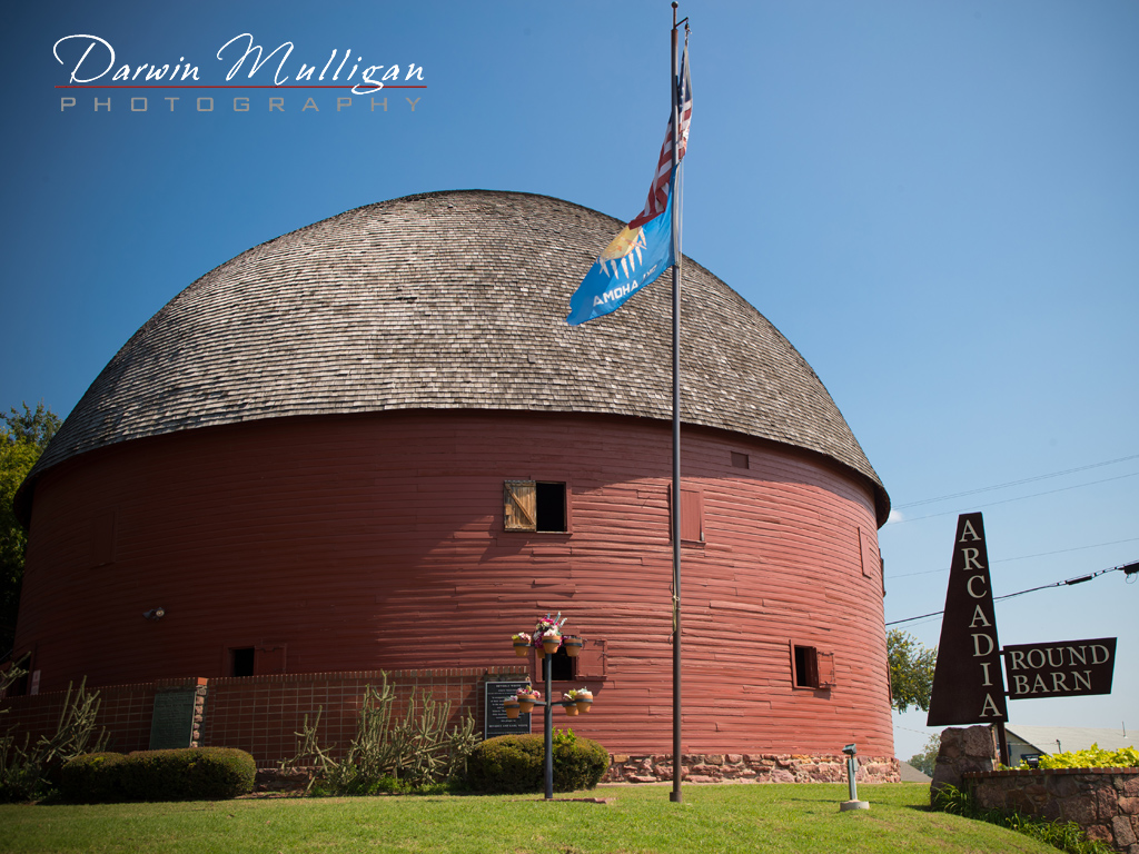 Round Barn Arcadia Oklahoma Route 66 Roadside Attraction